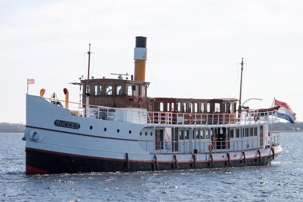 Stoomschip Succes Rederij Belle